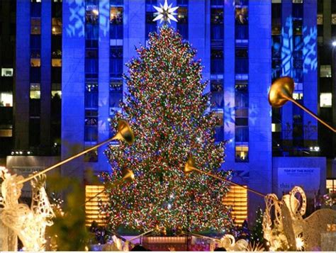 rockefeller christmas tree wallpaper 168 merry