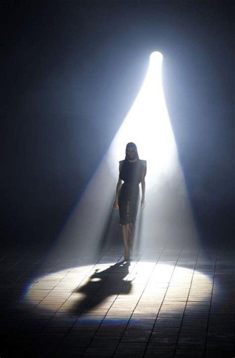Spotlight Lighting by Best 25 Stage Spotlights Ideas On Of