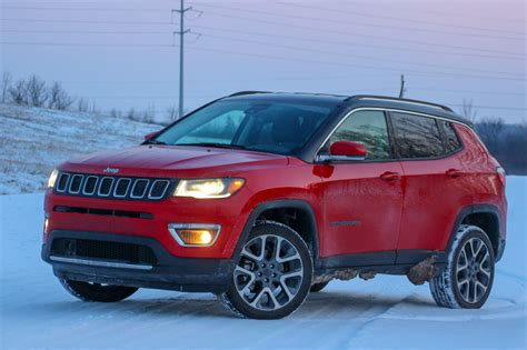 Chrysler Jeep Compass by 2017 Jeep Compass Limited A Crossover That S A Real Jeep