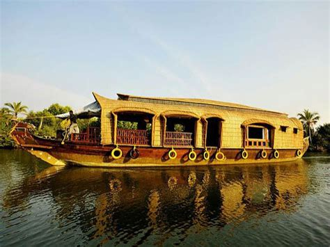 house boat at kollam deluxe 6 beds houseboat booking for 1 nights in kollam at