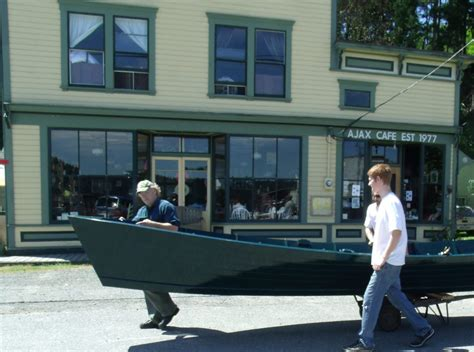 nw boat school northwest school of wooden boatbuilding make a living