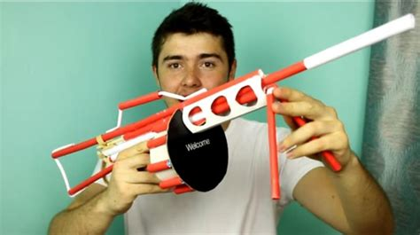 How To Make A Gun Out Of Paper - a hack a day how to make a paper gun that shoots