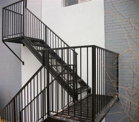outdoor metal treppen au 223 en metall treppe grids lauffl 228 chen outdoor