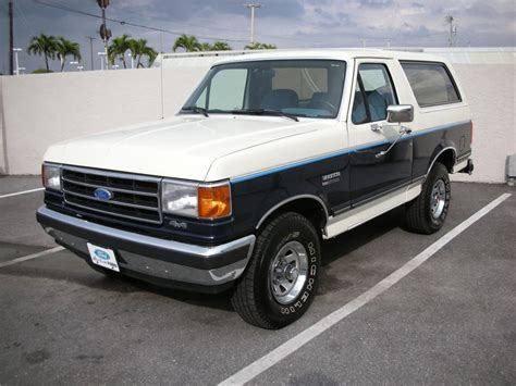 white bronco car 1990 ford bronco xlt 64641