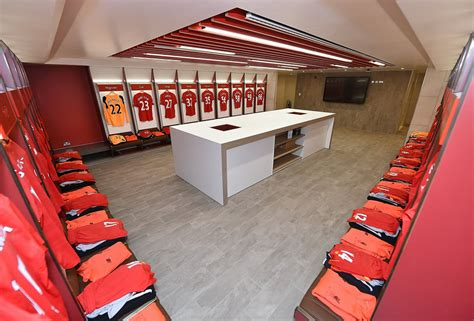 the changing room photos inside liverpool s amazing new dressing room at anfield football the sport review