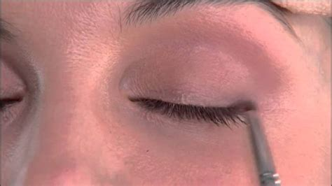 natural eye makeup tutorial youtube how to apply natural eye liner in your 30 s makeup