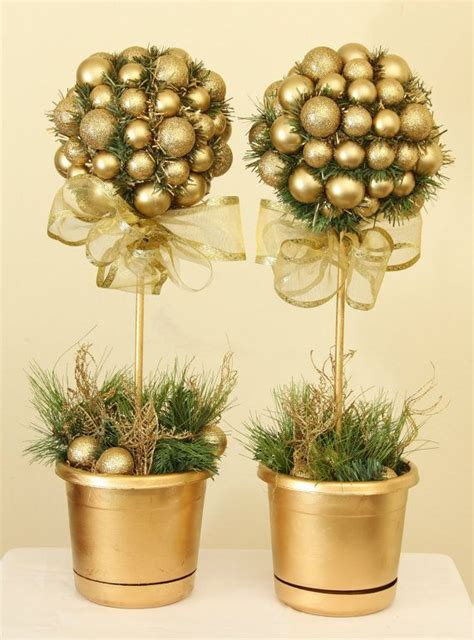 golden holiday elegance christmas topiary tree topiary