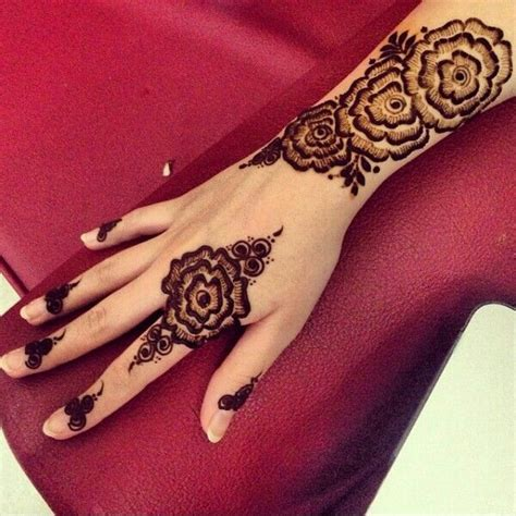 henna tattoo designs in dubai 40 mehndi designs to try in 2018 bling sparkle