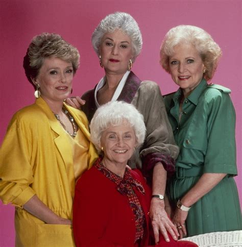 where did the golden girls live the golden girls miami tour you secretly want to do