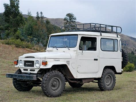 cruiser jeep toyota land cruiser fj40 i my jeep but this baby