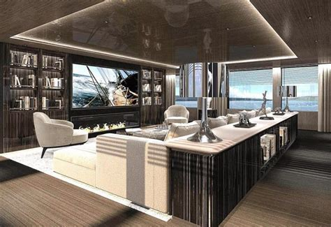 brand   superyacht solo yacht