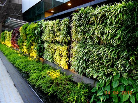 Vertical Garden Concept For Buildings Greenwall Vertical Vertical Vegetable Gardening Systems