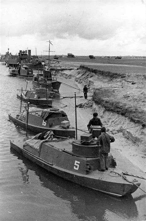 Russian armored boats of the Pinsk River Flotilla | Boat