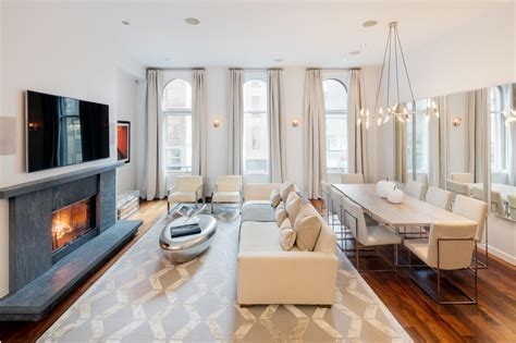 living room soho bethenny frankel wants 5 25m for her custom soho loft