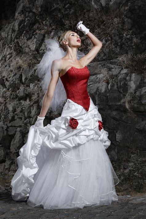 Brautmode In Rot by 1000 Ideen Zu Schwarzes Brautkleid Auf