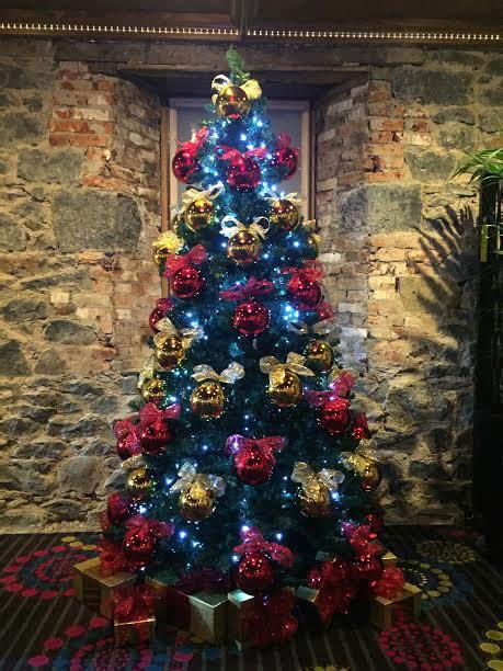 artificial christmas tree hire rent melbourne christmas