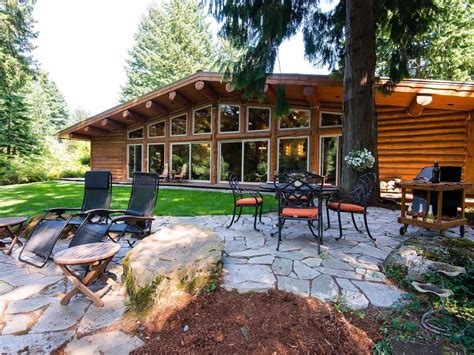 Stevenson Cabins by 8 Log Cabins Worth An Air Ticket Cond 233 Nast Traveller India