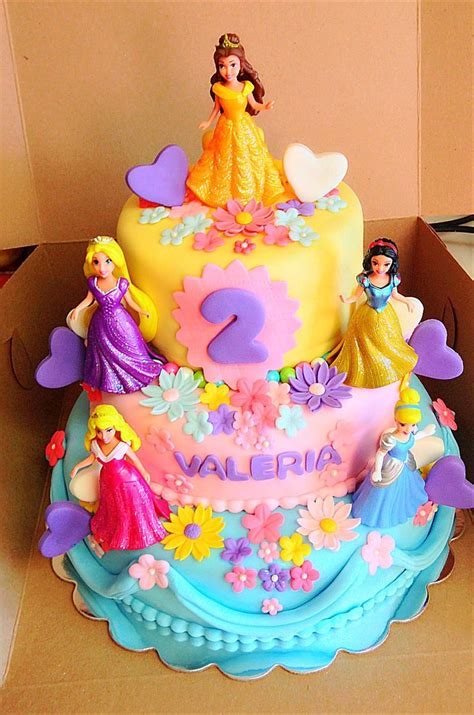 ideas  princess cakes  pinterest princess birthday cakes  girl birthday