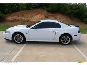 White Ford Gt Oxford White 2004 Ford Mustang Gt Coupe Exterior Photo