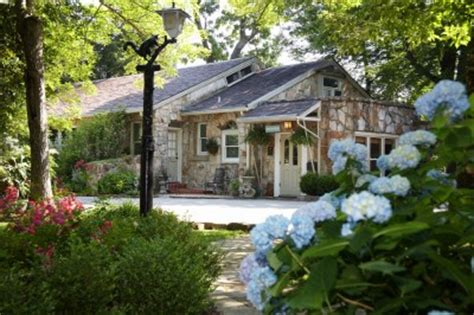 lookout mountain bed and breakfast chanticleer inn bed and breakfast lookout mtn bed and