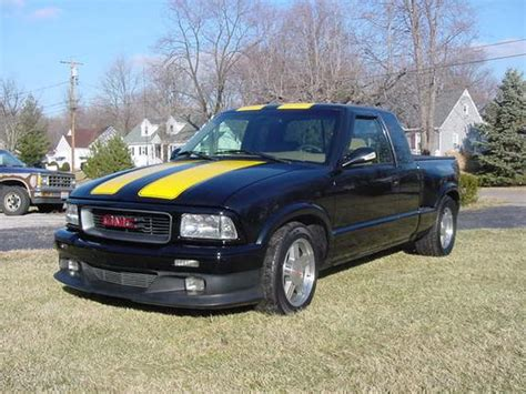 manual cars for sale 1997 gmc sonoma club coupe regenerative braking sonoma 97 1997 gmc sonoma club cab specs photos modification info at cardomain