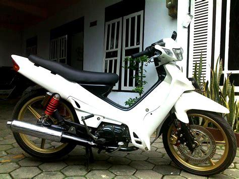 Modifikasi Zr Paling Keren by Koleksi Modifikasi Motor Yamaha R Terbaru
