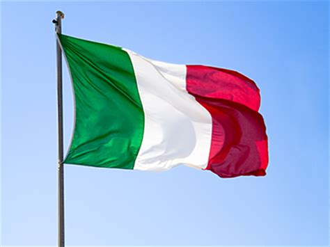 what do the colors of the italian flag italy flag all about italy flag colors meaning