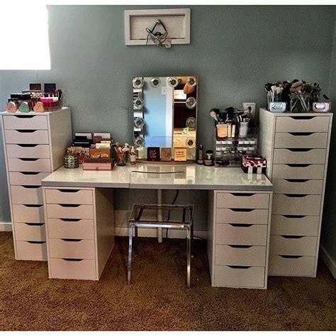 alex drawers vanity set so many alex drawers we want a peak at