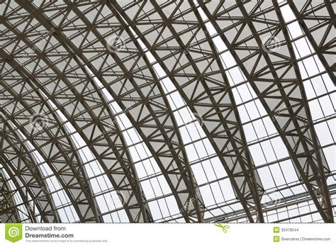 Bow Window Construction Detail curving roof trusses stock images image 32478544