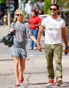 spotted kelly ripa and kids drink up moms babies celebrity kelly ripa posts vintage photo of herself and son michael