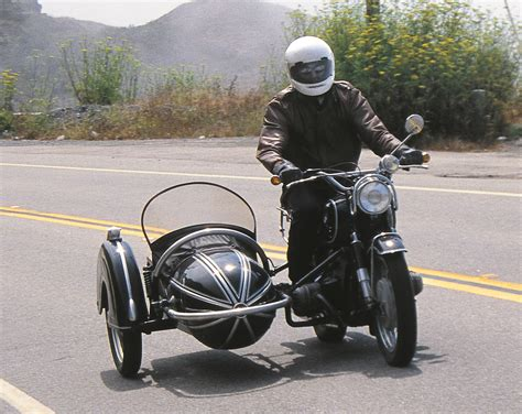 Motorrad Mit Seitenwagen by A Short History Of Sidecars Rider Magazine