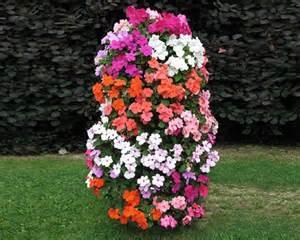 flower tower un ustensile de jardin 233 l 233 gant et astucieux
