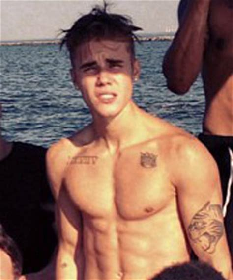 aktor filipina six pack post a picture of an actor singer with abs hottest