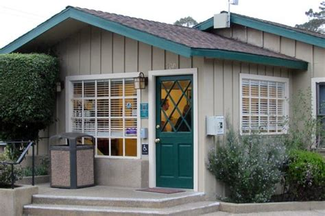 office picture of sea breeze inn cottages pacific