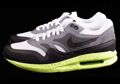 Nike Air Max Lunar 06 nike air max lunar1 black volt available