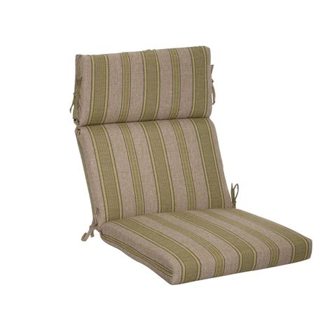 Plantation Patterns Patio Furniture Plantation Patterns Luxe Stripe Deluxe Outdoor Dining Chair Cushion 7719 05228111 The Home Depot