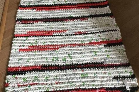 Mats From Plastic Bags - crocheting plastic mats for the homeless in maple ridge