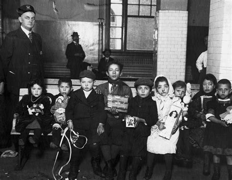 Can You Immigrate To The Us With A Criminal Record Immigration Ellis Island Pictures U S Immigration Before 1965 History