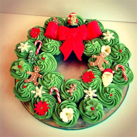best 25 christmas cupcakes ideas on pinterest christmas