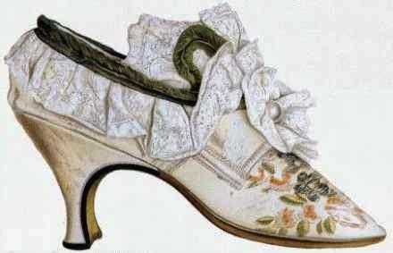 Sepatu Heels Tali Tengah by 7 Model Sepatu Aneh Dalam Sejarah Terupdate In