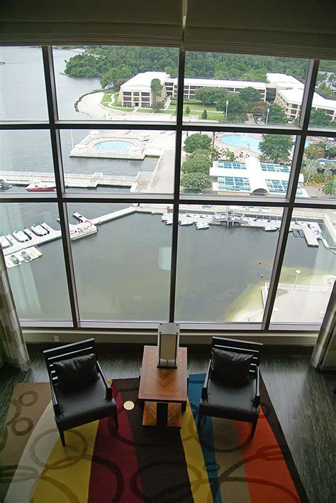 Split Level Bedroom Bay Lake Tower Grand Villa Room Pool And Top Of The World