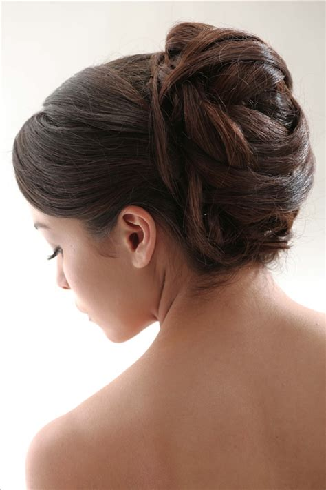 minimalist hairstyle 27 beautiful updo hairstyles ideas inspirationseek com