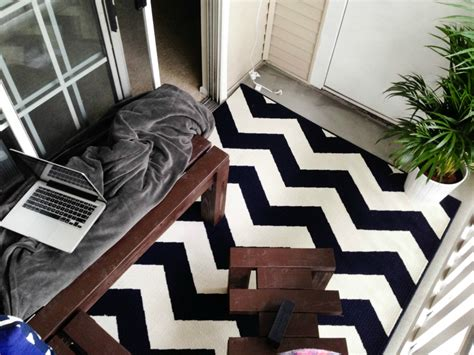 Black And White Chevron Outdoor Rug Minimalist Patio With Black White Chevron Ikea Outdoor Rugs And White Stained Wooden Sliding