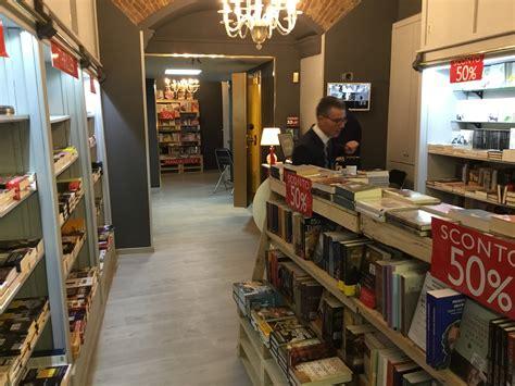 quanto costa aprire una libreria inaugurato il nuovo store booklet a napoli