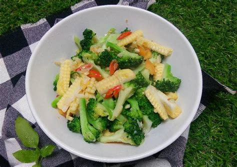 resep oseng brokoli jagung muda oleh devi nurfransisca