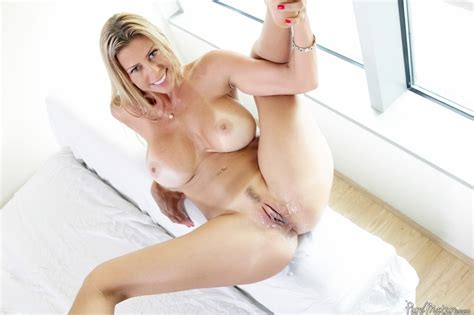 mature babe alexis fawx fucked in her lingerie at pinkworld blog