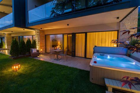 appartamenti nuovi appartamento chardonnay con whirlpool privato