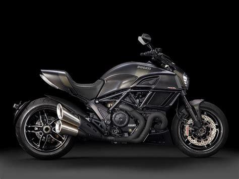 Ducati Diavel 2016 ducati diavel carbon revealed mcn