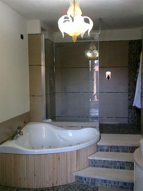 bagno con vasca ad angolo vasca ad angolo interno bagno con vasca ad angolo e