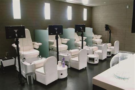 Manicure Salon by Nail Salon Manicure Pedicure Stations Nail